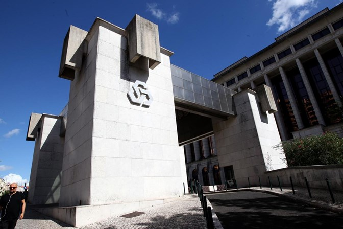 CDG passa de prejuízos a lucros de 50 milhões de euros