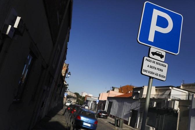 Provedoria de Justiça quer EMEL sem receitas das multas
