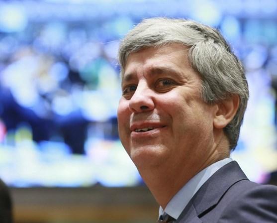 Governo nega intervenção para beneficiar filhos do presidente do Benfica