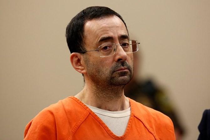 Larry Nassar é sentenciado de 40 a 125 anos de prisão