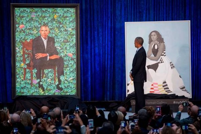 Museu em Washington revela retratos de Obama e Michelle