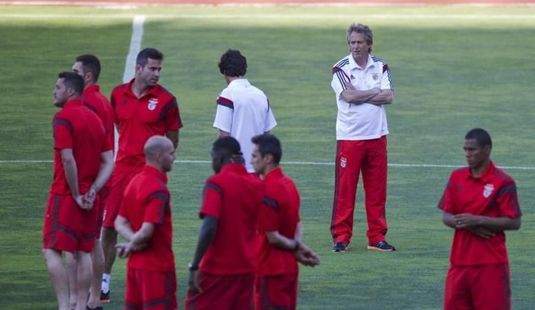 Jorge Jesus e Benfica chegam a acordo