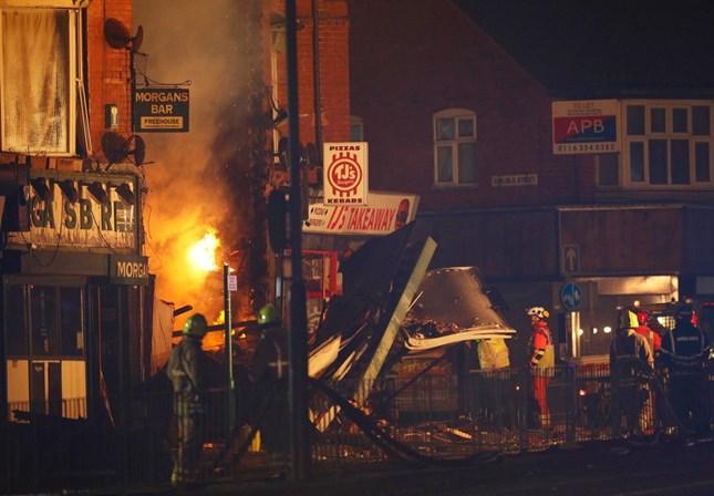 Explosão destrói prédio na cidade de Leicester, na Inglaterra