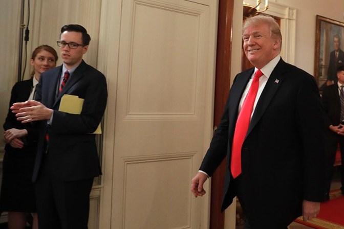 Trump espera que EUA venham a ter Presidente vitalício