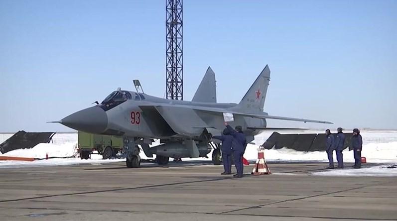 Rússia testa com sucesso míssil hipersônico