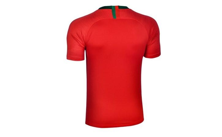 1273092ce Está disposto a pagar 140 euros pela camisola da selecção nacional ...
